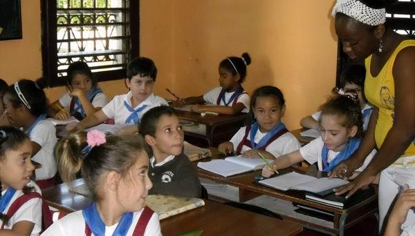 Otra aula de la escuela primaria Jesús Menéndez