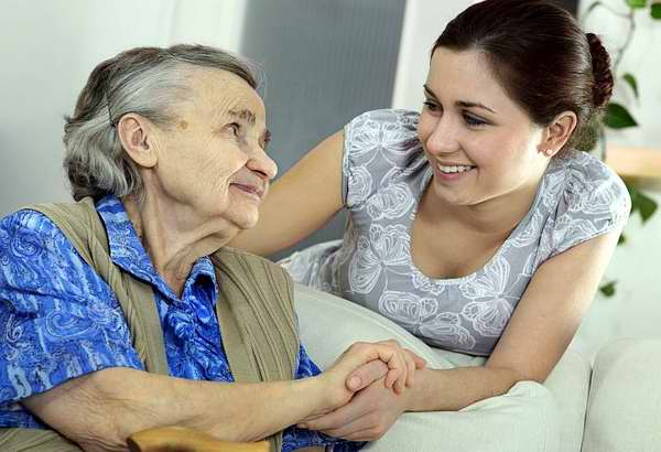 El adulto mayor en Cuba, nuevos desafíos familiares y sociales