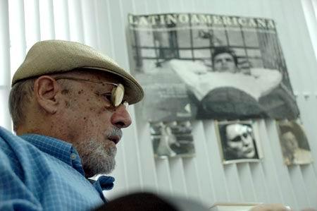 Unesco otorga Premio José Martí a Roberto Fernández Retamar