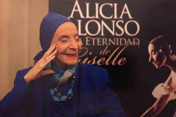El Ballet Nacional de Cuba debe afianzarse en Latinoamérica, asegura Alicia Alonso