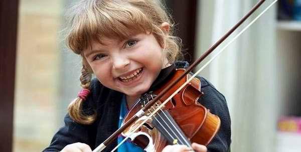 Investigación asegura que clases de música desarrollan el cerebro de los niños