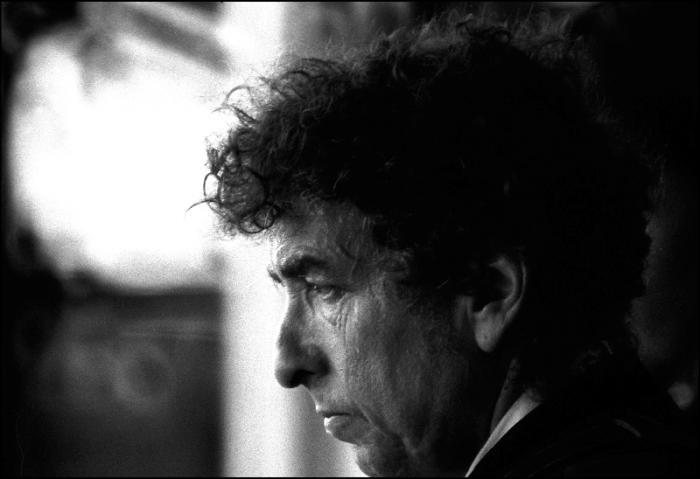 Bob Dylan, primer músico que gana el Premio Nobel de Literatura 2016