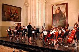 Camerata Romeu y violinista brasileño unen talentos en La Habana