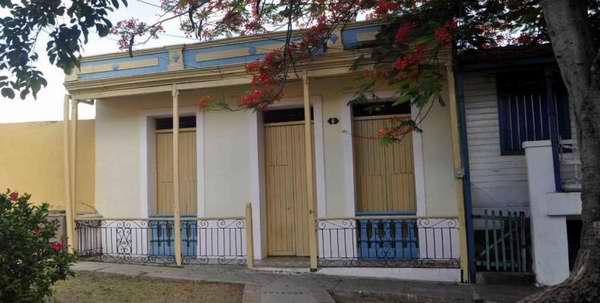 Abierta muestra fotográfica de Fidel en casa santiaguera donde vivió de niño