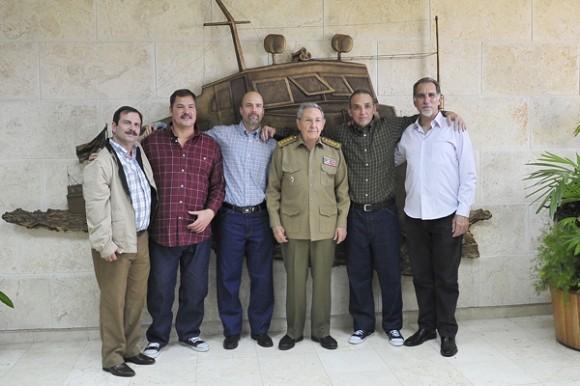 Toda Cuba los recibió en un abrazo