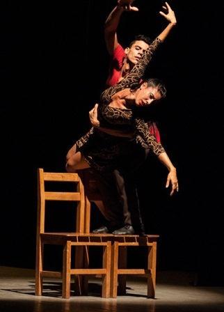Ballet Endedans en el Teatro Martí