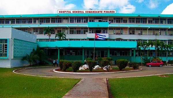 Ministro de Salud recorre hospitales en Artemisa