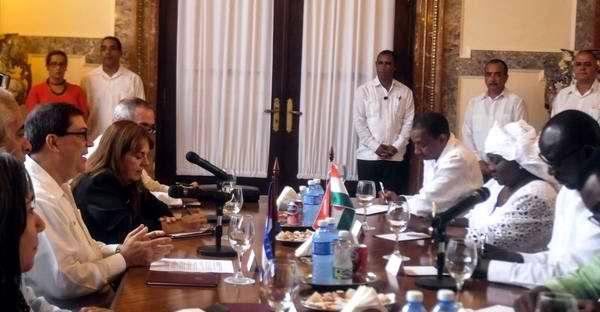 Canciller de Níger reitera rechazo al bloqueo de EE.UU. a Cuba
