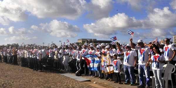 Rumbo a Sochi, delegación cubana al XIX Festival Mundial de la Juventud
